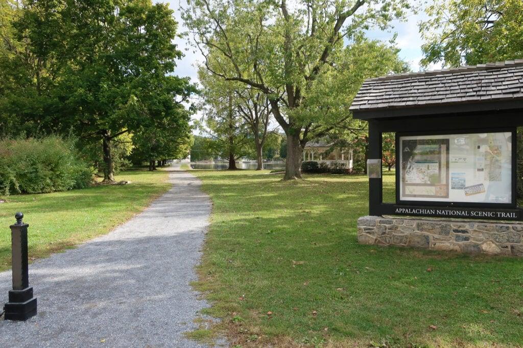 Appalacian-Trail-Childrens-Lake-Boiling-Springs-PA