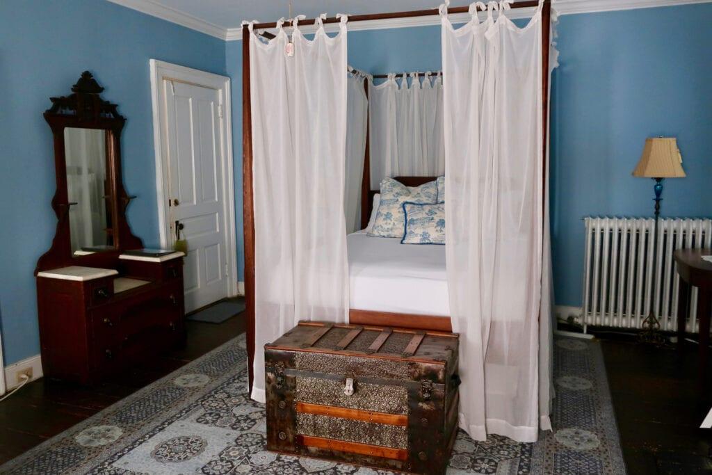 Blue-Room-Holladay-House-Orange-VA