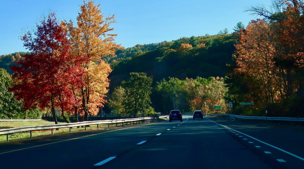 Route-8-CT-Fall-Foliage