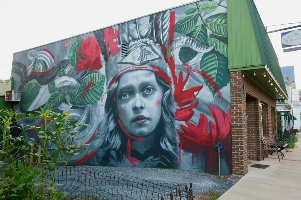Strasburg-VA-Mural-Lula-Goce