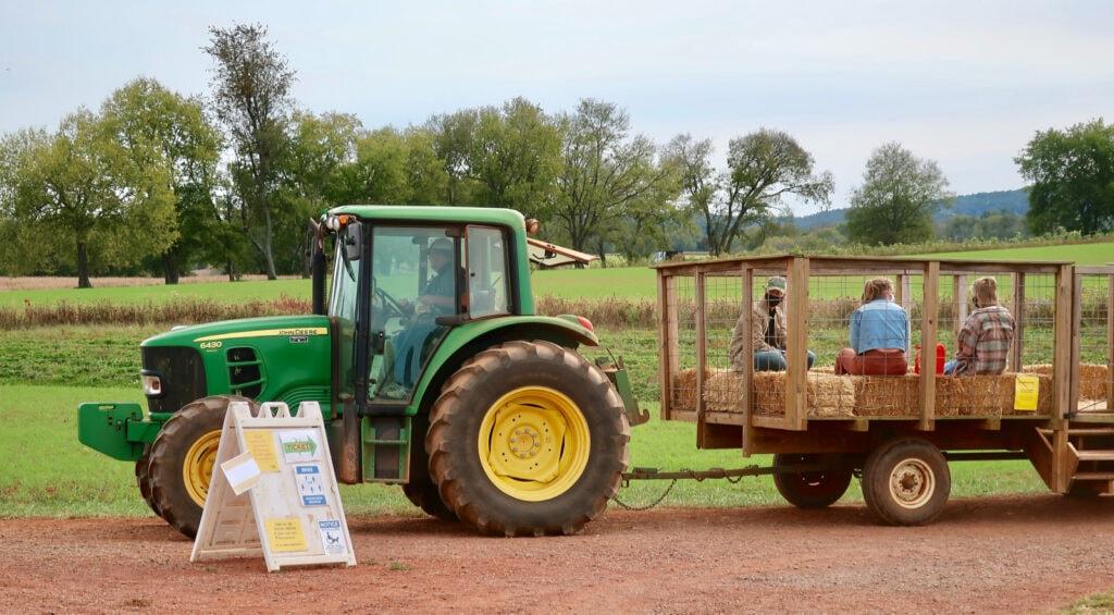 Tractor-Hay-Ride-Liberty-Mills-Farm-VA
