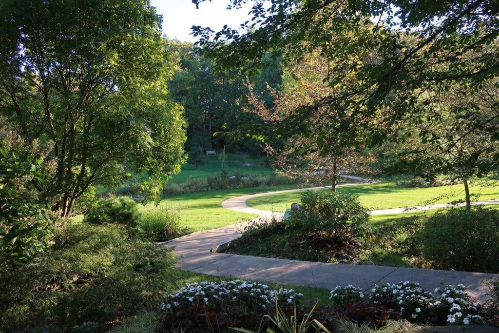 Walking-Path-Edith-Carrier-Arboretum-JMU-Harrisonburg-VA