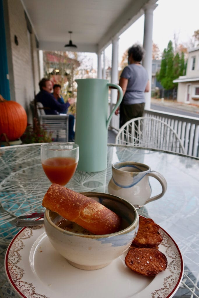 Breakfast-on-porch-Forsyth-BnB-