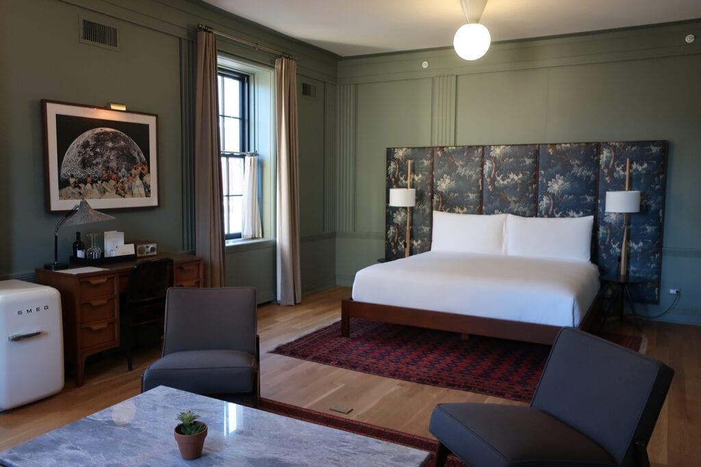 Kinsley-Hotel-Guest-Room-Kingston-NY