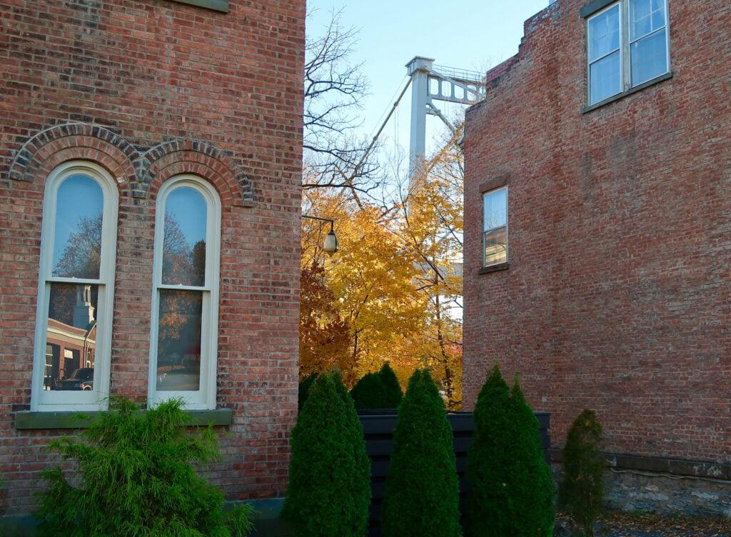 Lower-Kingston-NY-Fall-Foliage-Bridge