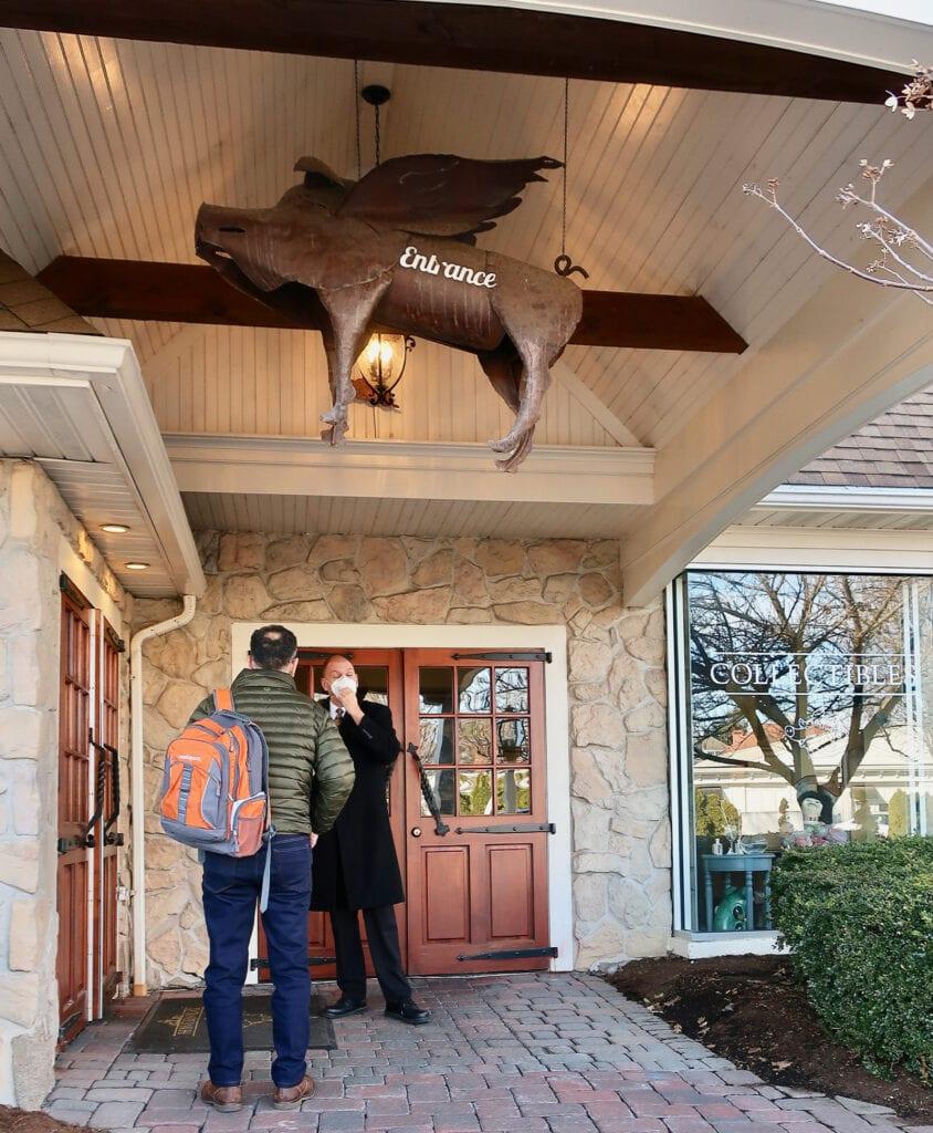 Flying-Pig-Over-Lobby-Entrance-Inn-At-Leola-Village-PA
