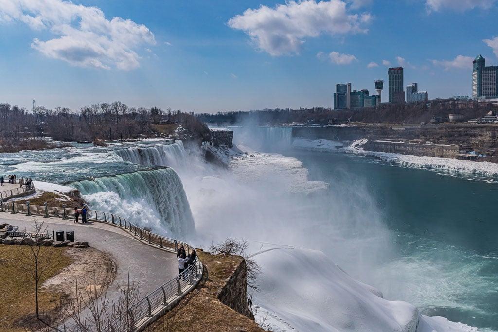 Snow covers land along edge of Niagara Falls winter outlook.