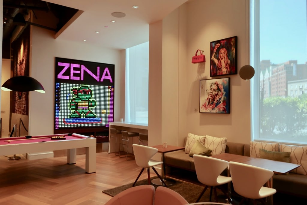Hotel Zena Lobby Games