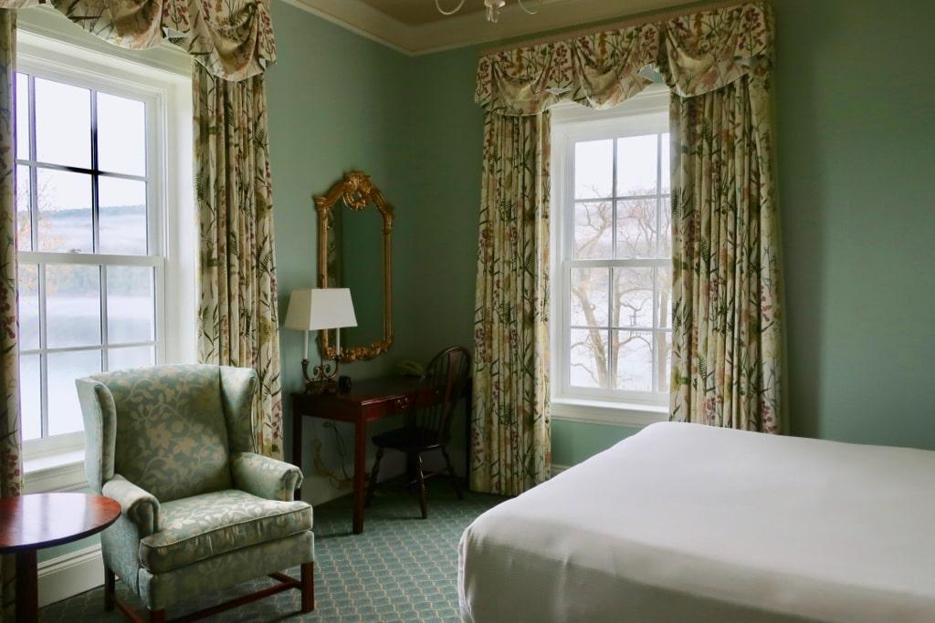 Guest Room Otesaga Resort Hotel NY