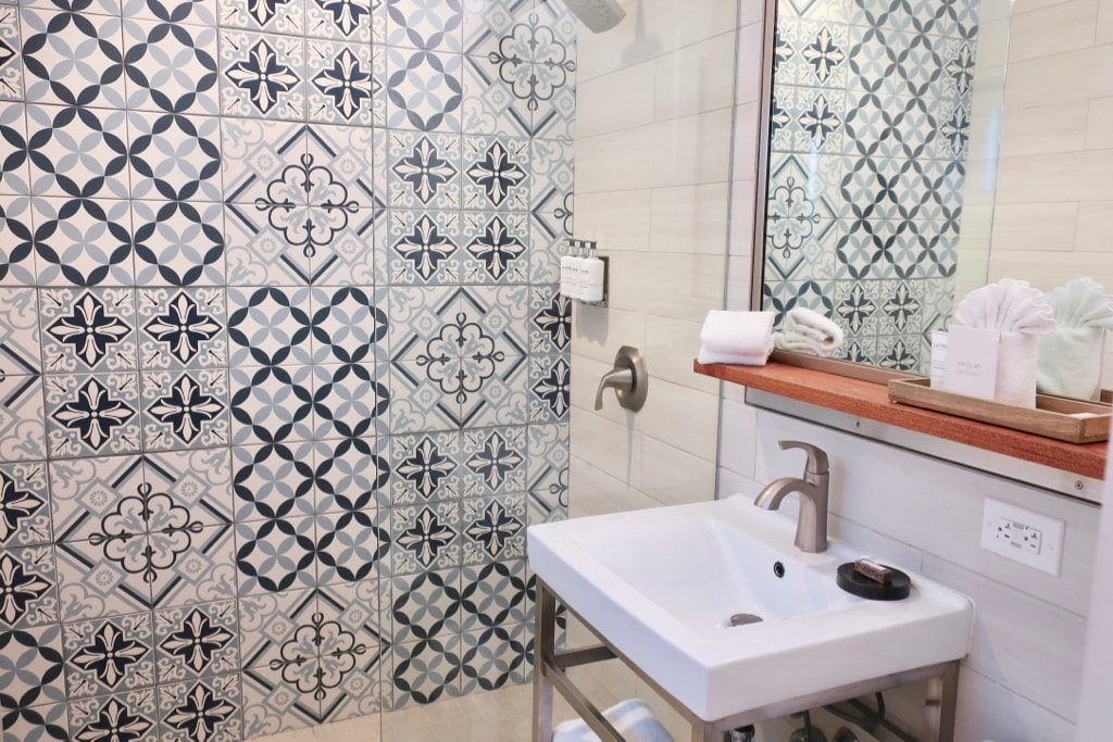 The Boarding House Guest Room Bathroom Cape May NJ