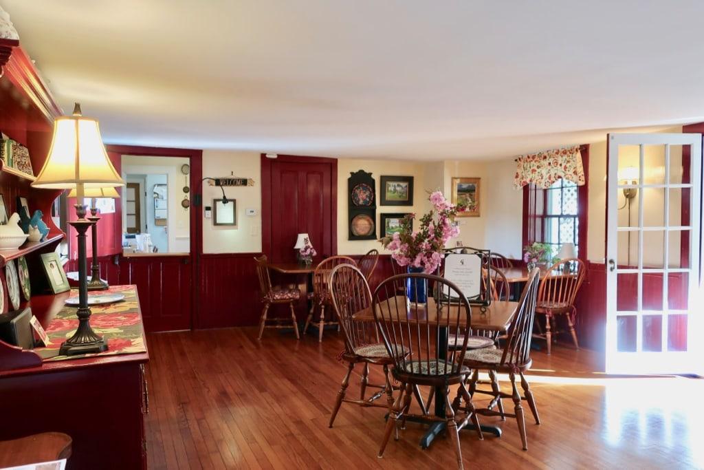 Breakfast Room Candleberry Inn Brewster MA