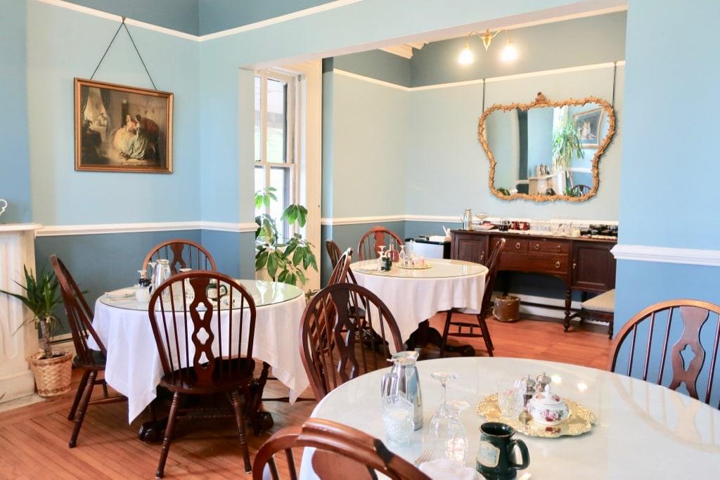Breakfast Room Rosemont Inn Utica NY
