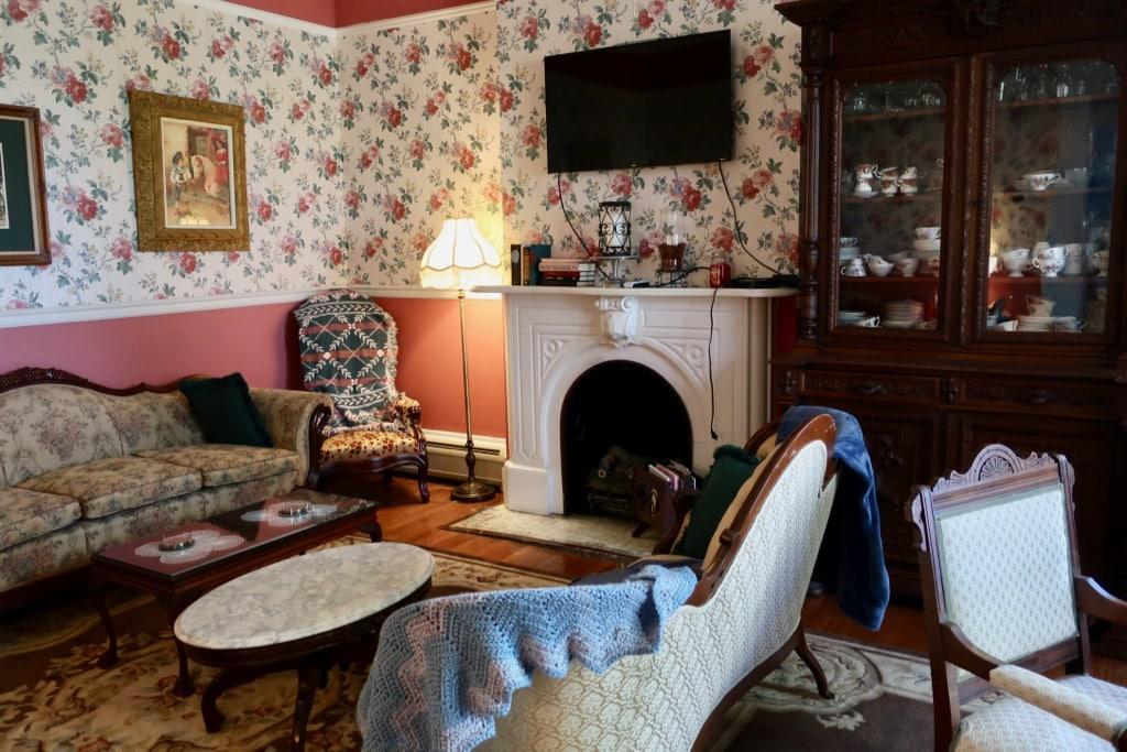Victorian Parlor in modernized Rosemont Inn NY