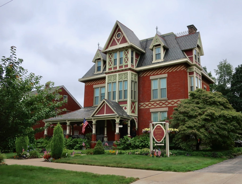 Spencer House B&B Downtown Erie PA