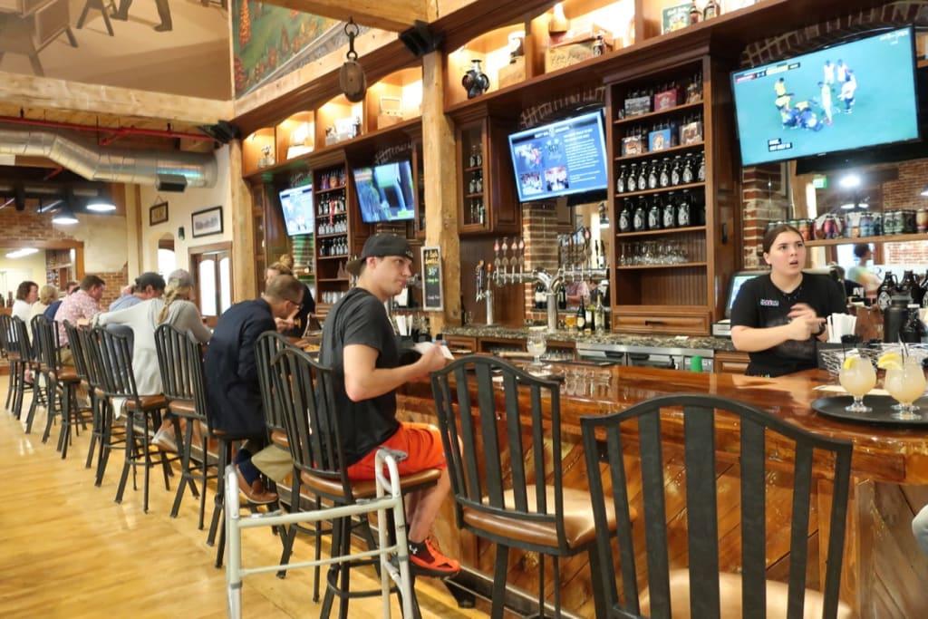 Rusty Rail Brewing Bar Mifflinburg PA