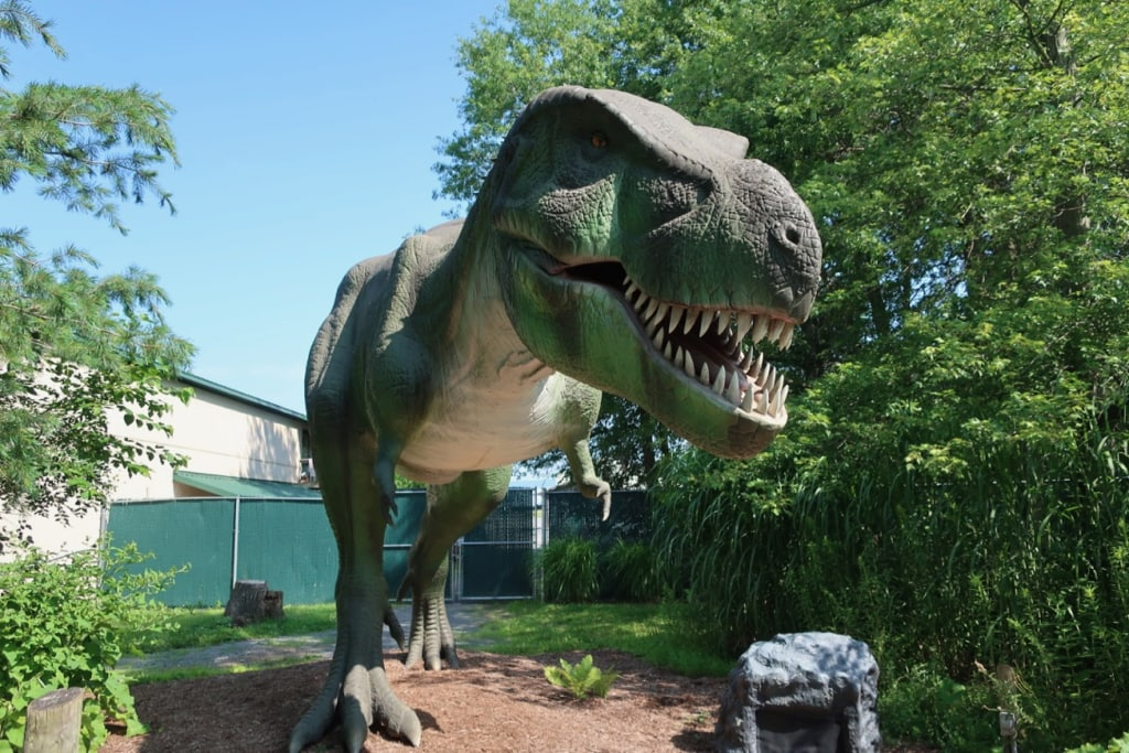 This animatronic dinosaur spits at Clyde Peelings Reptiland PA