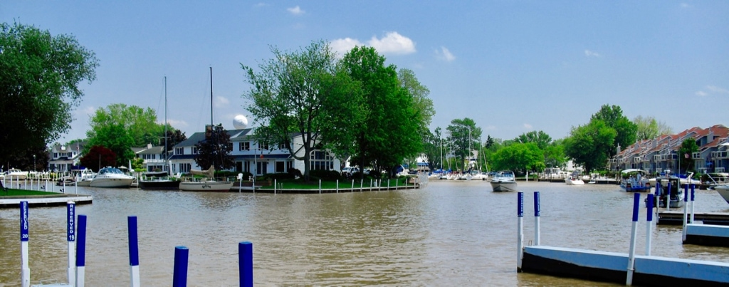 Lake Erie canals in Vermilion OH
