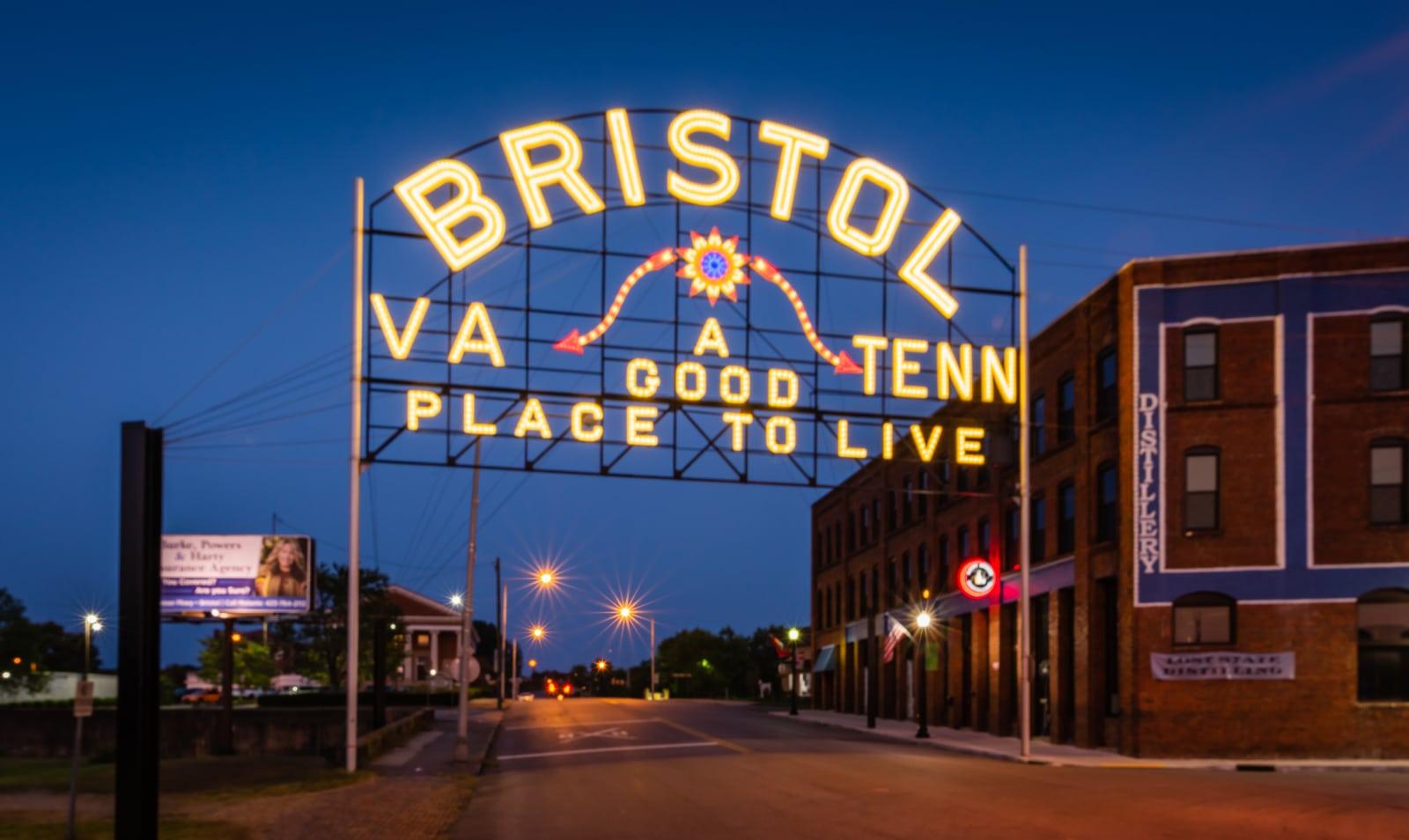 Bristol VA - Tenn - A Good Place to Live Neon Sign