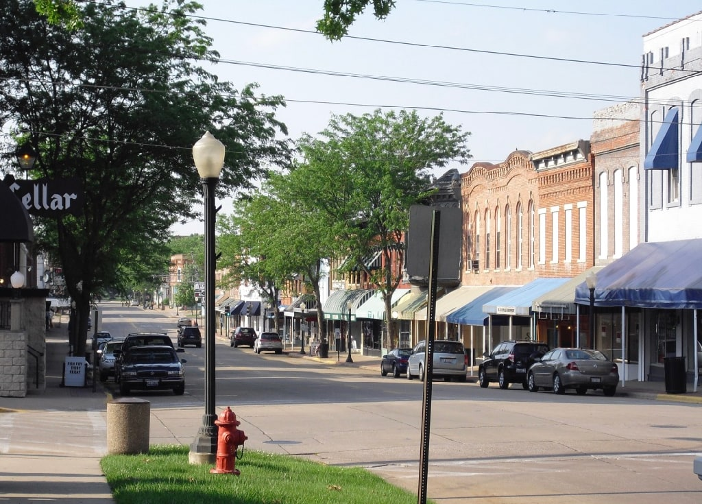 Downtown Geneseo IL with Cellar Restaurant sign