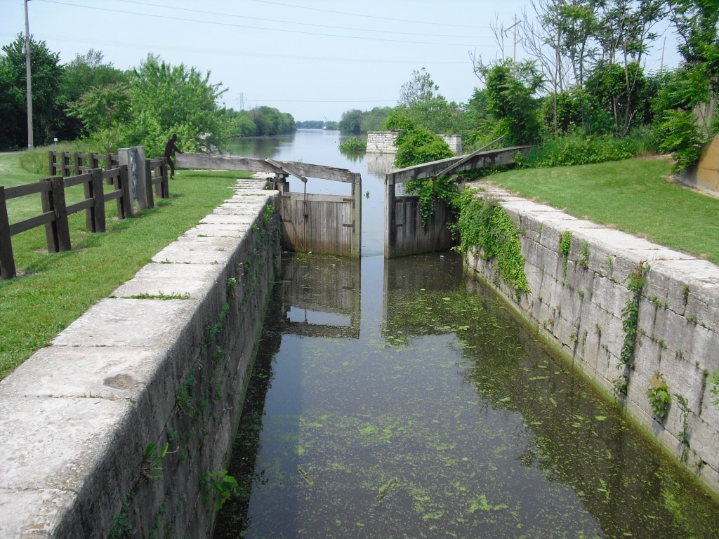 Lock on I and M Canal LaSalle IL
