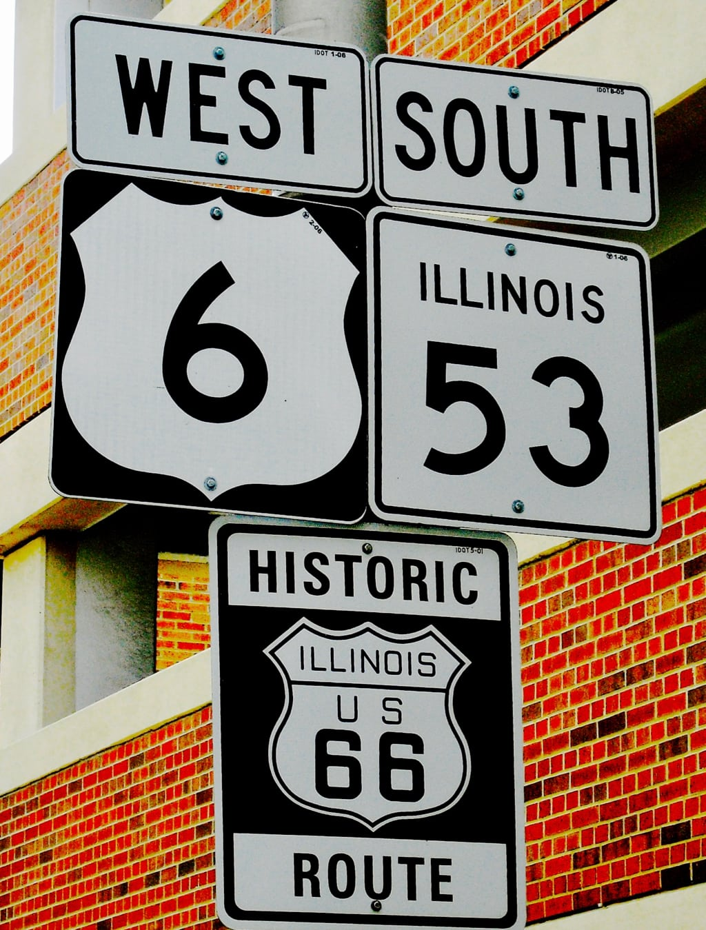 Joliet IL - intersection of US Route 6 and Route 66