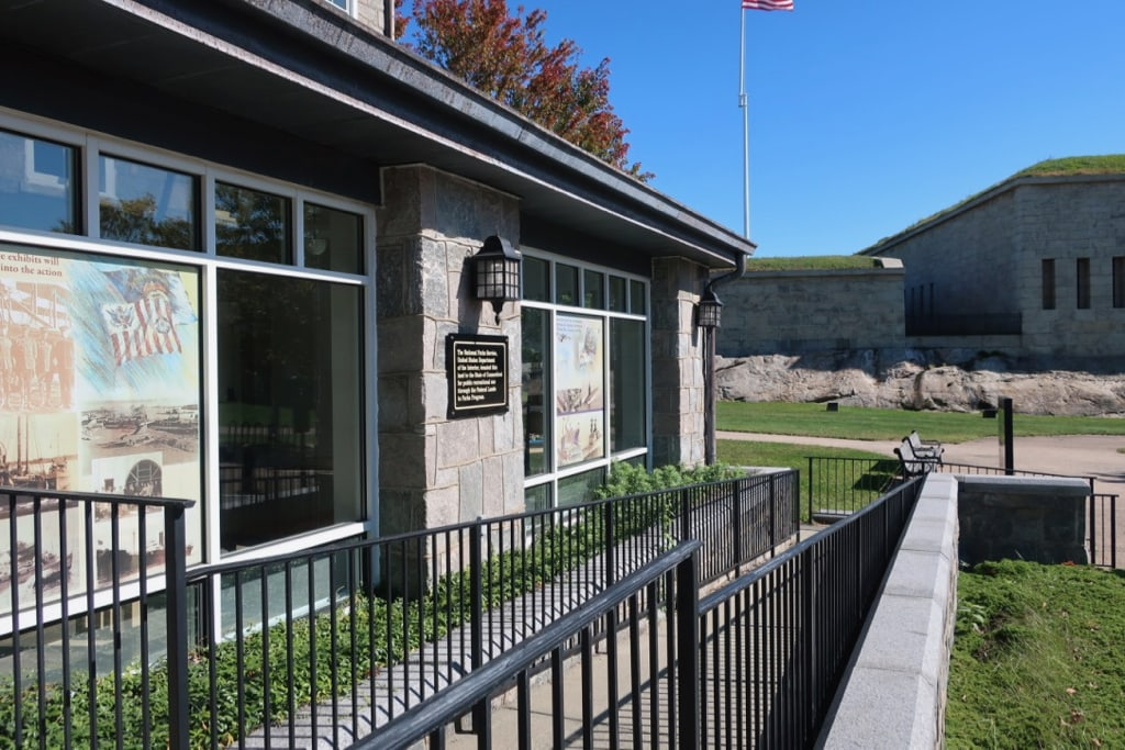 Fort-Trumbull-SP-Visitors-Center